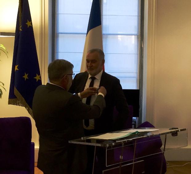 Le 7 septembre 2016, M. Alain Vidalies a remis la médaille d'officier du Mérite Maritime à Gérard Romiti, au cours d'une cérémonie au ministère de l'environnement de l'énergie et de la mer. Le ministre a souligné l'implication du Président pour ancrer toutes les composantes économiques de la pêche et de l'aquaculture françaises dans un avenir responsable et durable.