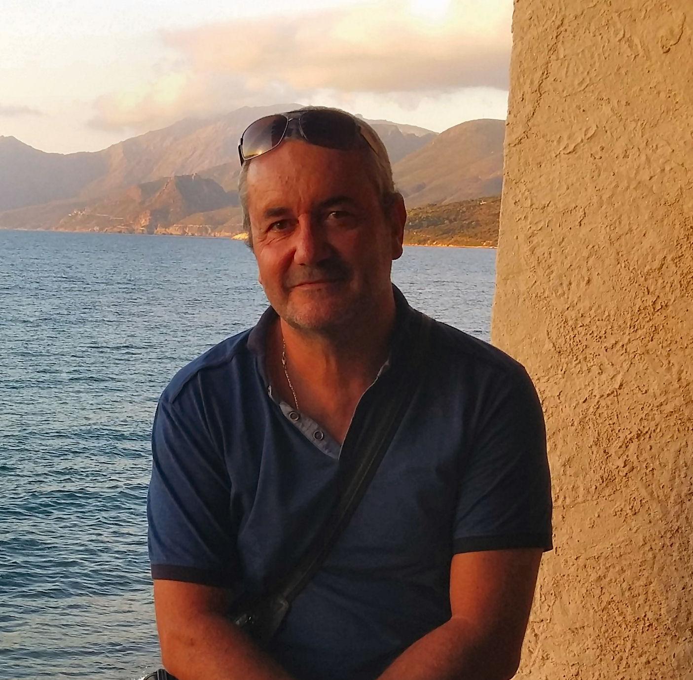 Ce Vendredi 13 Octobre 2017 à Paris au CNPMEM a eu lieu l'élection du président et des vices-présidents de la commission Thon Rouge et Espadon (CTRE) et à ce titre notre représentant Daniel DEFUSCO a été élu vice-président de la CTRE. Jessica Dijoux, Directrice du CRPMEM de Corse était présente également.