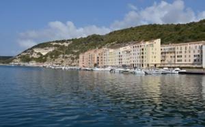 Philippe BOTTI patron pêcheur à Bonifacio pratique et propose le Pesca Turisimu